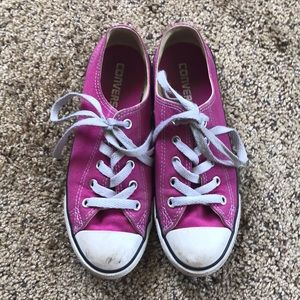 Converse low top hot pink size 5.5